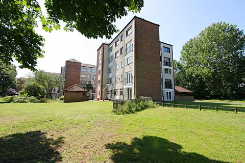2 bedroom apartment for sale - Dexter House, St Johns Green, North Sheilds, North Tyneside NE29