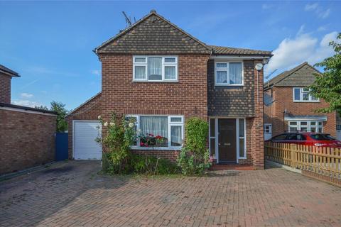 4 bedroom detached house to rent - Manston Drive, Bishop's Stortford, Hertfordshire