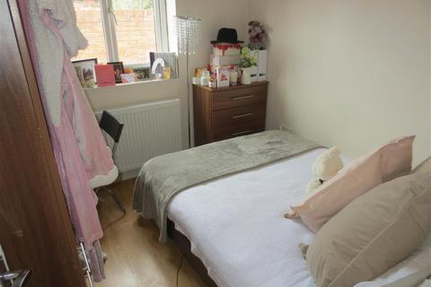 4 bedroom terraced house to rent - Simonside Terrace, Heaton, Newcastle Upon Tyne, NE6 5JX