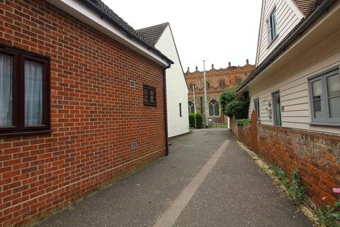 Studio to rent - The Chase, Great Baddow, Chelmsford, Essex, CM2 7JU