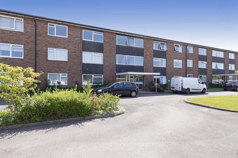 2 bedroom apartment for sale - Finchcroft Court, Prestbury