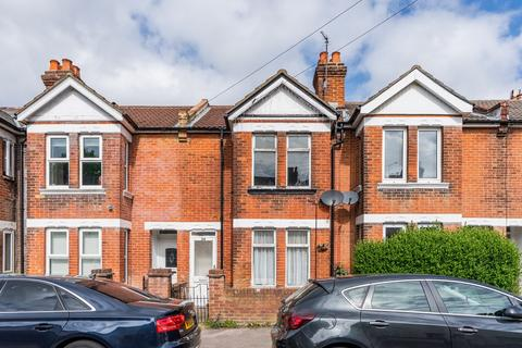 3 bedroom terraced house for sale - Malmesbury Road, Southampton, SO15