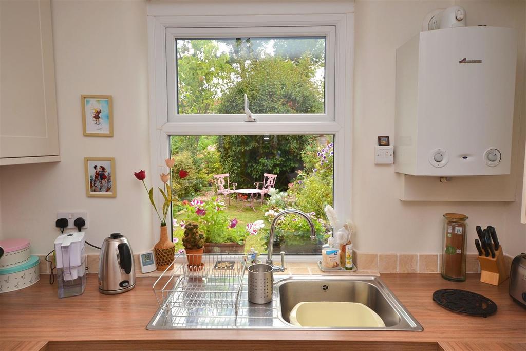 Kitchen1 (7).jpg