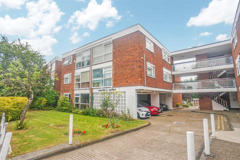 1 bedroom flat for sale - Chingford Avenue, London
