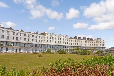 3 bedroom flat for sale - St. Augustines Road, Ramsgate, Kent