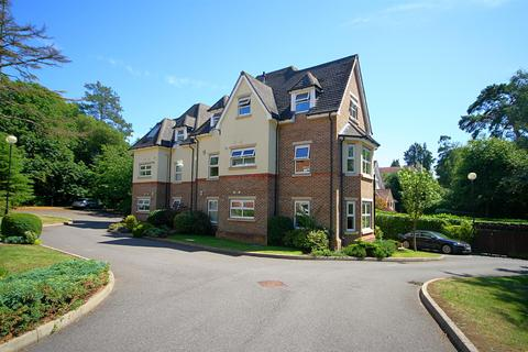 3 bedroom apartment for sale - Forest Road, Branksome Park, Poole