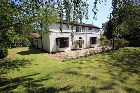 4 bedroom detached house to rent - Broad Lane, Hale, Altrincham