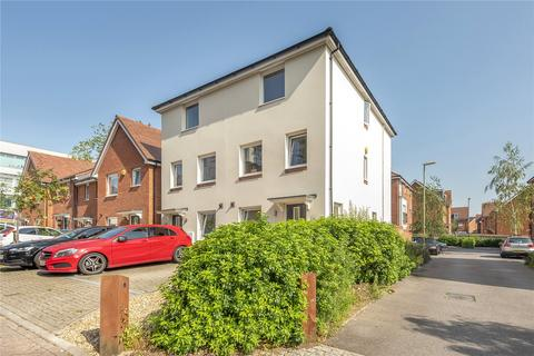 4 bedroom semi-detached house for sale - Wilroy Gardens, Southampton, Hampshire, SO16