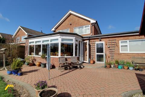 4 bedroom detached house for sale - Woodhall Way, , Beverley, HU17 7JU