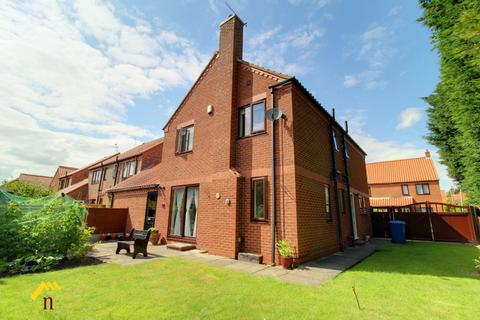4 bedroom detached house for sale - St Matthews Court, Beverley, Beverley, HU17 8JH