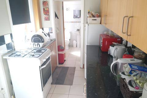 3 bedroom terraced house to rent - 3 Bed - Broomfield Road, Fully Furnished available September!