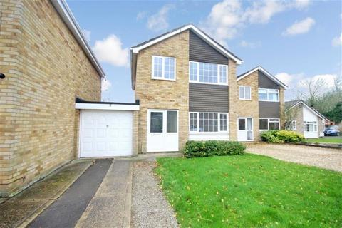 3 bedroom detached house to rent - Sutton Road , Swindon SN3