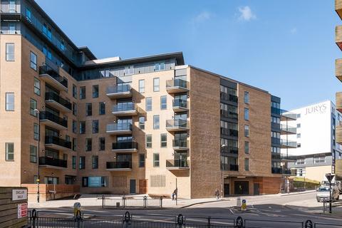 3 bedroom flat to rent - Embankment House, Brighton