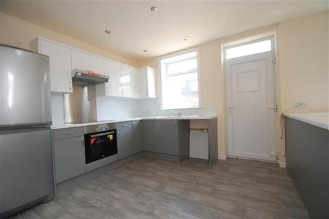 3 bedroom terraced house to rent - Copeland Street, Hyde, Cheshire, SK14 4TD