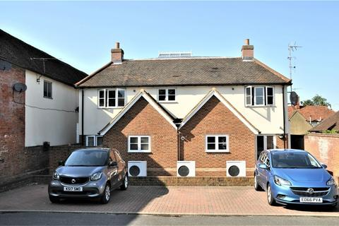 2 bedroom flat to rent - Chequers Lane, Dunmow, Essex