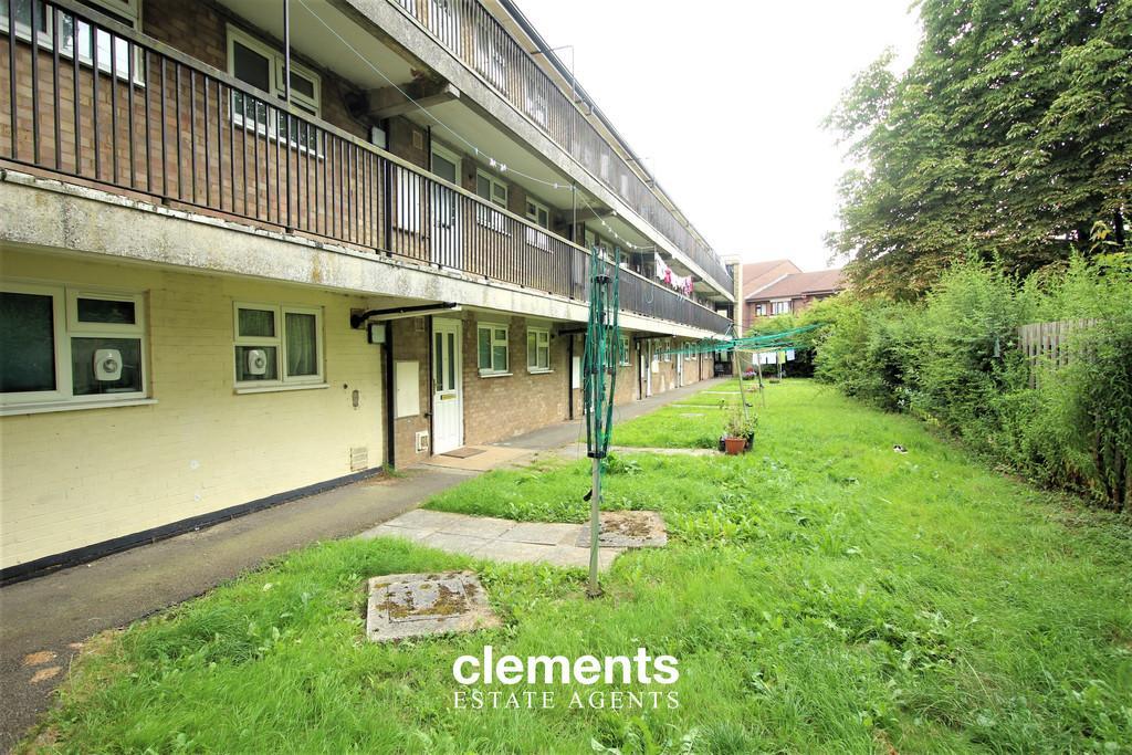 Grovehill Hemel Hempstead 1 Bed Apartment For Sale 163 150 000