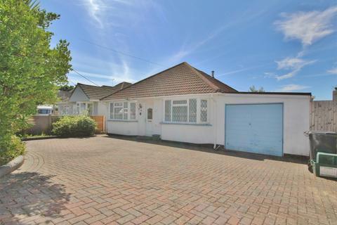 2 bedroom detached bungalow for sale - Sandy Lane, Upton, POOLE, Dorset