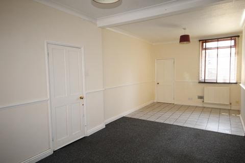 2 bedroom terraced house to rent - Wood street