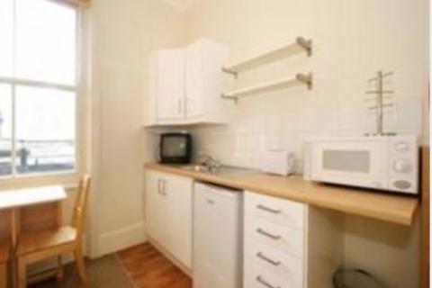 Studio to rent - Pembridge Villas,W11