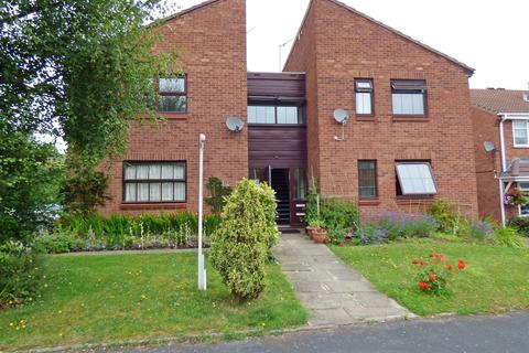 1 bedroom apartment for sale - Chaffinch Close, Hednesford