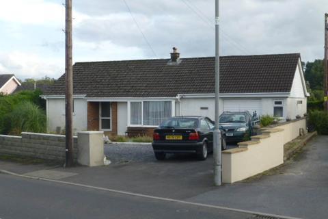 2 bedroom bungalow to rent - Nantgaredig, Near Carmarthen,