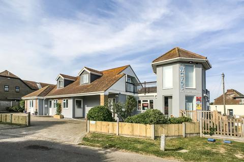 Restaurant for sale - Minnis Bay