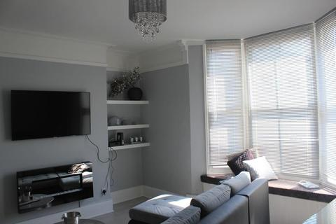 2 bedroom flat to rent - St Georges Road, Brighton, East Sussex, BN2 1ED