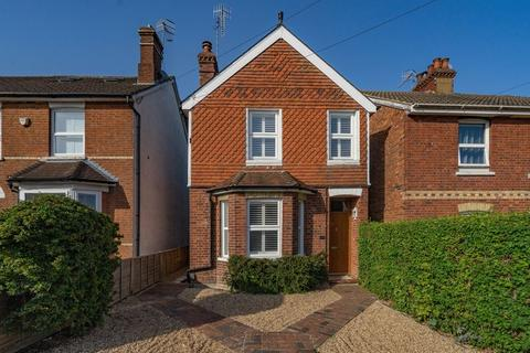 3 bedroom detached house for sale - South View Road, Tunbridge Wells