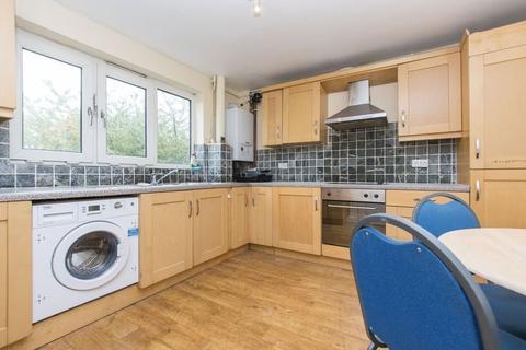 3 bedroom flat to rent - Windmill Lane, Stratford E15
