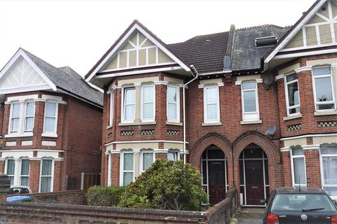 Studio to rent - Thornbury Avenue, Southampton, SO15