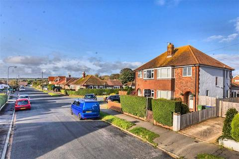 3 bedroom semi-detached house for sale - Chyngton Gardens, Seaford, East Sussex