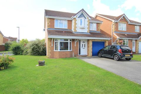 4 bedroom detached house for sale - Eade Close, Newton Aycliffe