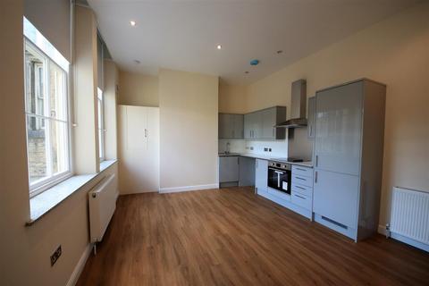 Studio to rent - Apartment 8, Somerset House, Halifax
