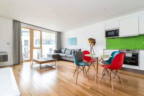 1 bedroom flat to rent - Canonbury Road, London, N1
