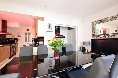 4 bedroom semi-detached house for sale - Wellington Avenue, Sidcup, Kent