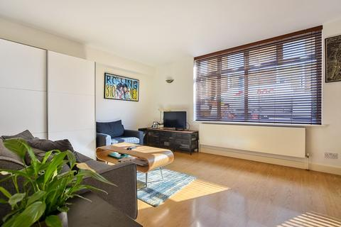 1 bedroom apartment for sale - Wimpole Mews, Marylebone Village, London W1
