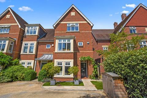 5 bedroom house for sale - Stone Meadow, Waterways