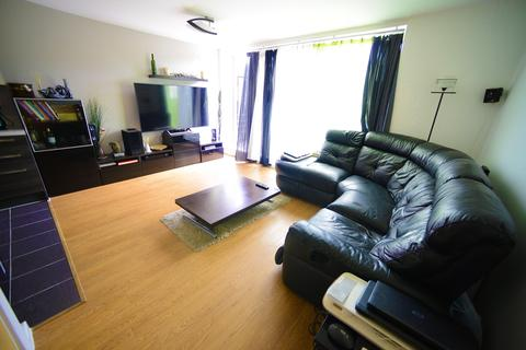 1 bedroom flat for sale - Ashmore Road, London, SE18