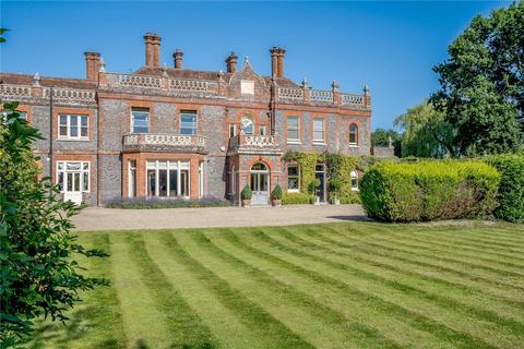 3 bedroom terraced house for sale - Hartley Grange, Grange Lane, Hartley Wintney, Hampshire
