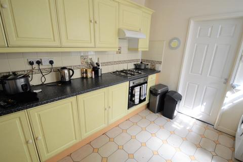 4 bedroom terraced house to rent - Monthermer Road CF24