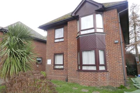 1 bedroom flat to rent - Tremona Road, The Pines FURNISHED