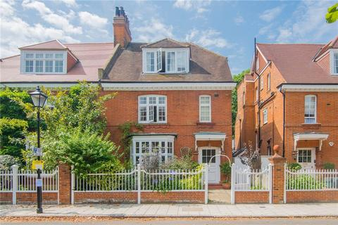 5 bedroom semi-detached house to rent - Priory Avenue, Chiswick, W4