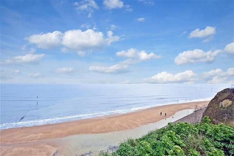 1 bedroom ground floor flat for sale - Dalby Square, Cliftonville, Margate, Kent