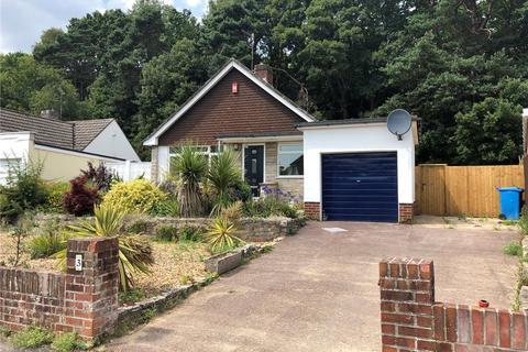 3 bedroom detached bungalow for sale - Wren Crescent, Poole, BH12