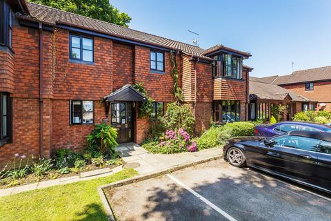 2 bedroom ground floor flat for sale - Edenbridge, Kent, TN8