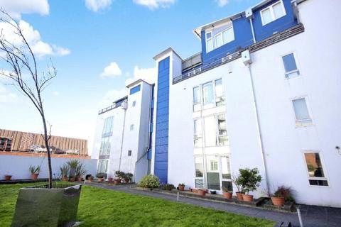 1 bedroom apartment - The Plaza, Sanford Street, Swindon, Wiltshire, SN1