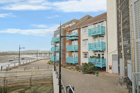 2 bedroom apartment to rent - Marline Court, Little High Street, Shoreham, BN43 5EQ
