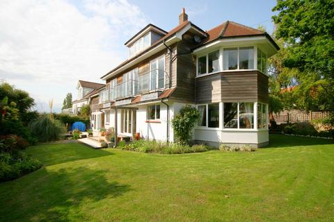 5 bedroom detached house to rent - Gardens Crescent, Lilliput, Poole