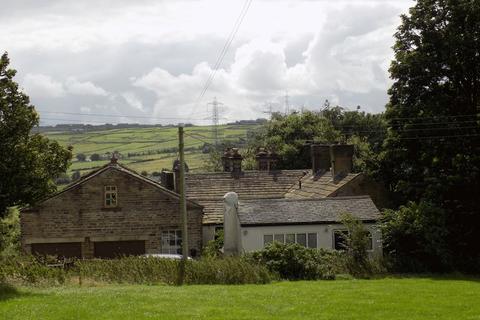 3 bedroom farm house for sale - Close Head, Bradford - Farmhouse, Stables & Land