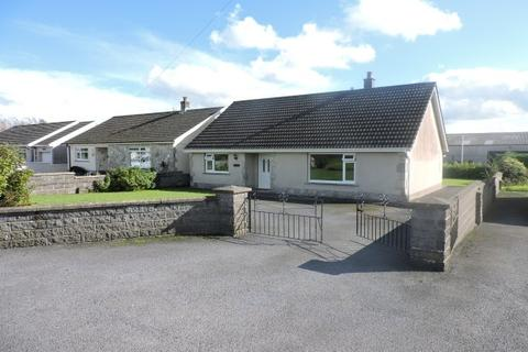 2 bedroom bungalow to rent - Clynderwen